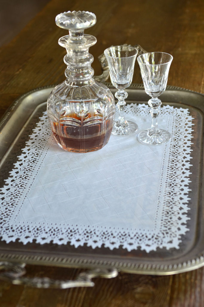 Vinyl Lace Edge Placemats Tray Cloth Masquerade