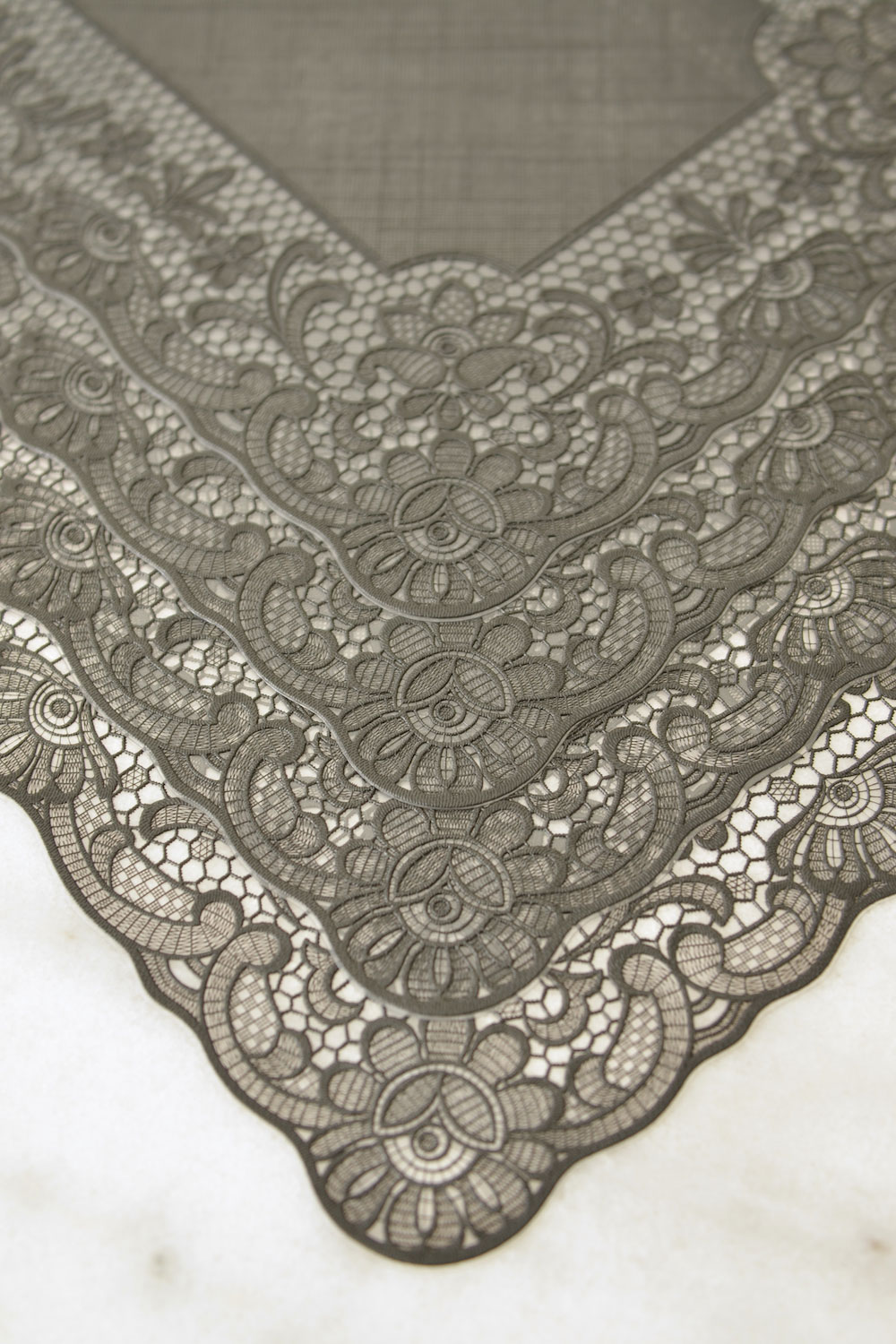 Vintage Lace Vinyl Placemats Set Of 4 Masquerade